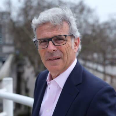 Daniel Peltz hands over chairmanship of Technion UK