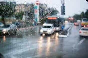 Israeli road traffic. Photo by Raimond Klavins on Unsplash